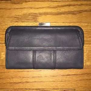 Kenneth Cole full size leather wallet